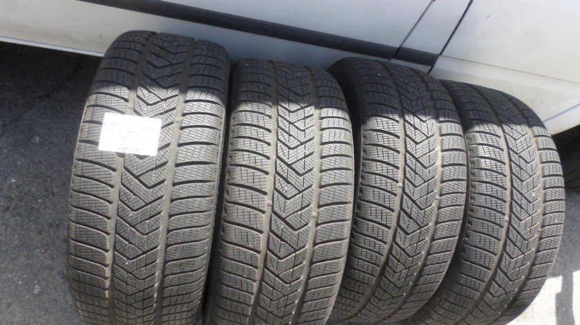 255 40 21 Iarna Pirelli Scorpion WINTER
