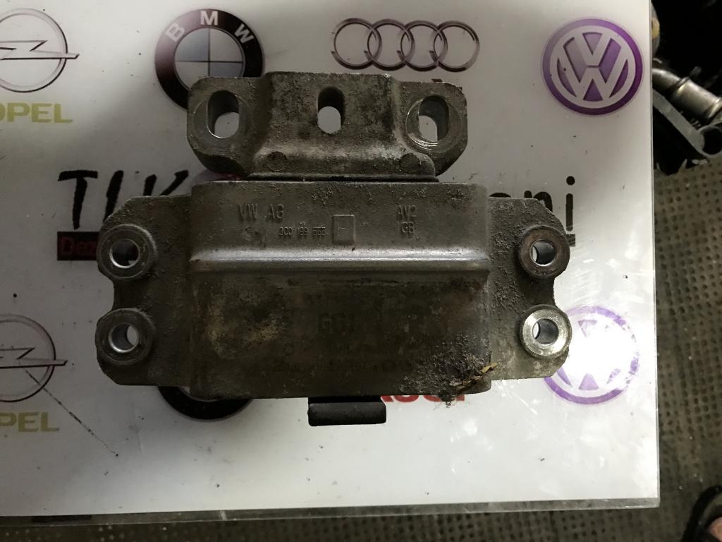 3C0199555 tampon cutie viteze Volkswagen Passat B6