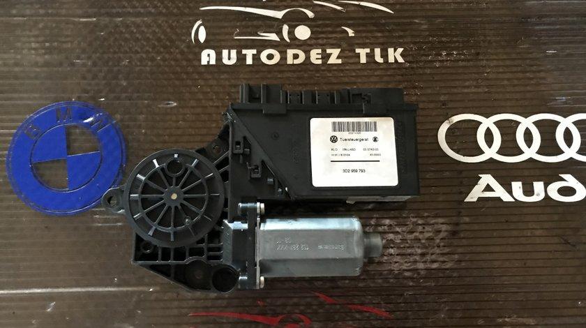 3D2959793 Motoras macara geam dreapta fata VW Touareg 7L
