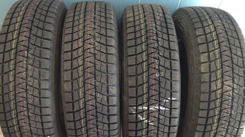 4 anvelope 215/70/16 Bridgestone de iarna noi