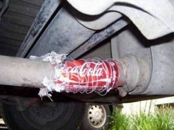 5 'lucrari' facute de soferi la masina care i-au lasat cu gura cascata pe mecanicii din service