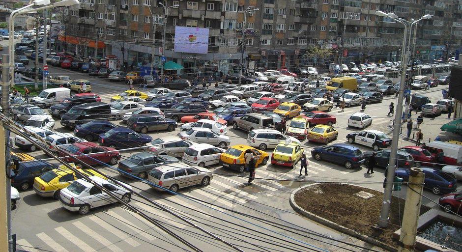 5 masuri de bun simt pe care Primaria Bucuresti le-ar putea adopta pentru un trafic... normal