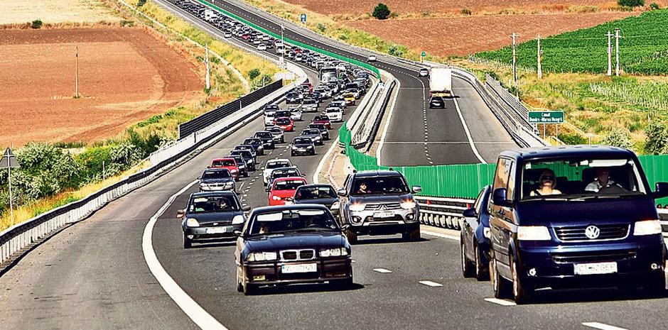 5 tipuri de soferi absolut imbecili de pe autostrazile Romaniei