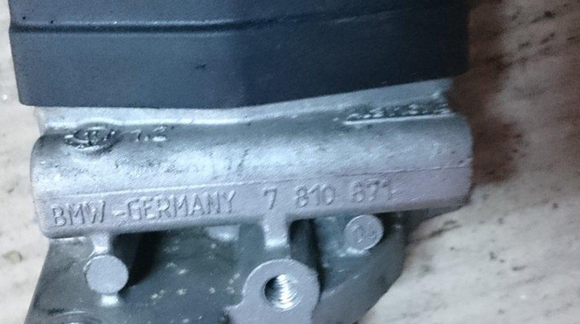 7810871 EGR BMW E87 E90 E91