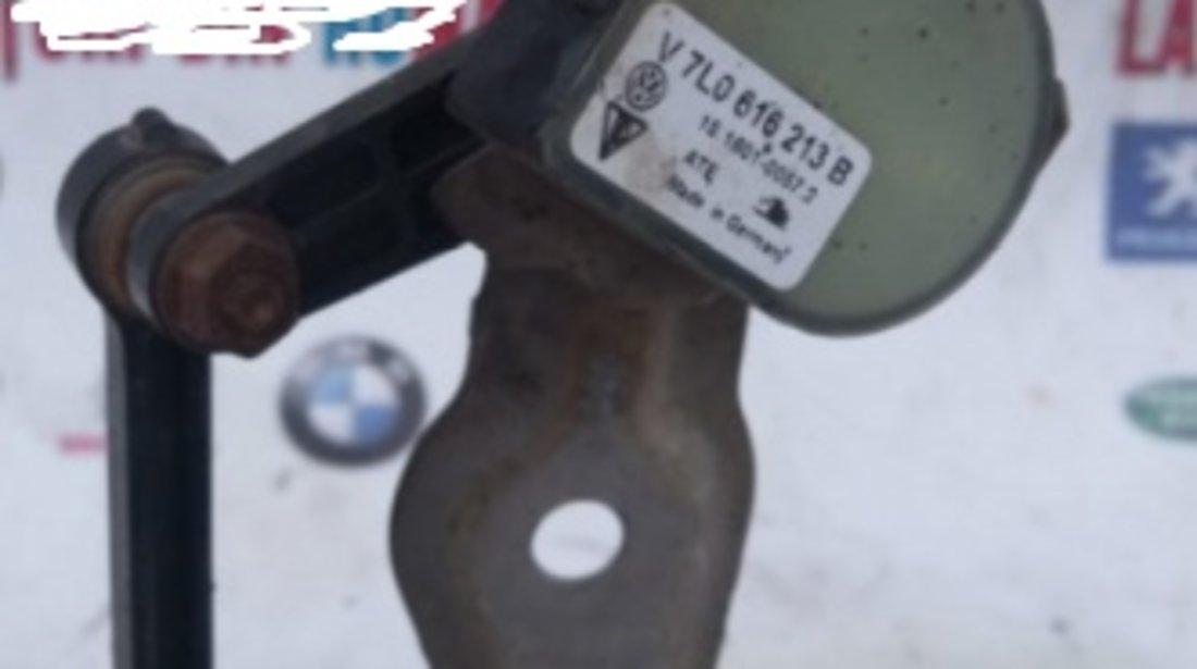 7l0616213b senzor nivel balast xenon stanga fata Audi Q7 motor 3.0tdi 233CP BUGPiese