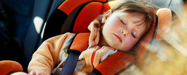 9 sfaturi pentru soferii care circula cu un copil mic in masina
