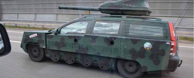 A auzit atat de des ca masina lui e construita ca un tanc incat... chiar a transformat-o intr-un tanc