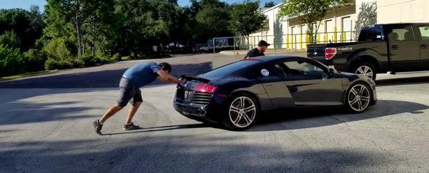 A cumparat un Audi R8 declarat dauna totala. Ce a observat cand a primit masina
