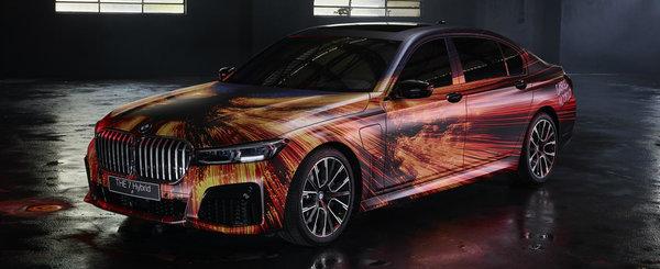 A folosit un BMW Seria 7 de ultima generatie pe post de panza. Asa arata un Art Car modern