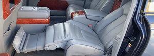 A fost candva cea mai luxoasa masina de pe strazi. Ce dotari nemaiintalnite are limuzina din 2006