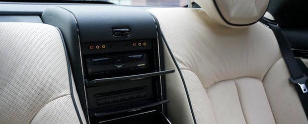 A fost candva cel mai opulent coupe de pe strazi. Modelul din 2010 are motor V12 si frigider care tine sampania rece