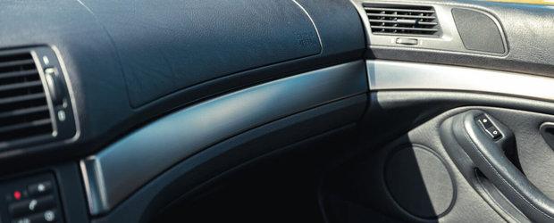 A fost candva cel mai spectaculos sedan de pe strazi. Modelul din 2001 are motor V8 si cutie manuala in sase rapoarte