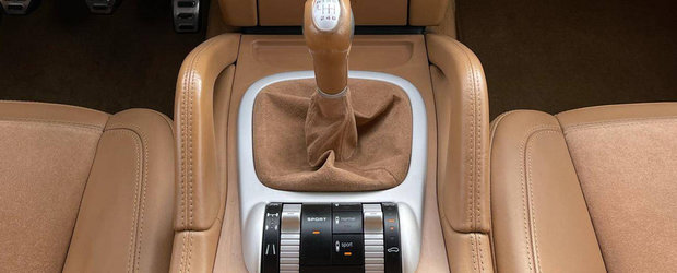 A fost candva cel mai spectaculos SUV de pe strazi. Modelul din 2009 are cutie manuala si motor V8 aspirat
