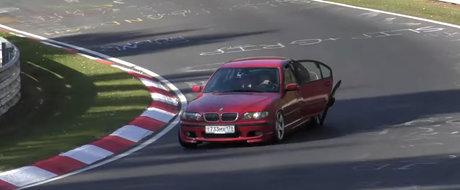 A inceput sa i se dezintegreze BMW-ul E46 pe Nurburgring