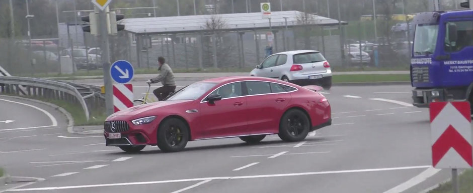 A reusit sa filmeze in trafic noua masina de la Mercedes-AMG. Era chiar versiunea cu motor V8!