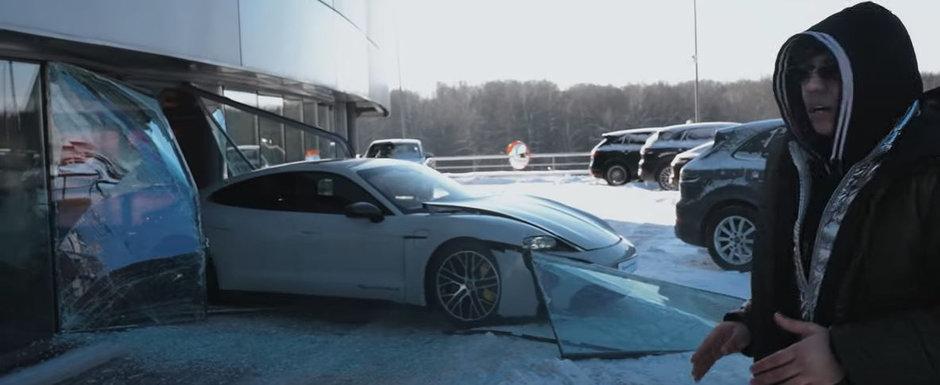 A trecut cu un Porsche Taycan prin vitrina reprezentantei pentru vizualizari pe Youtube. VIDEO