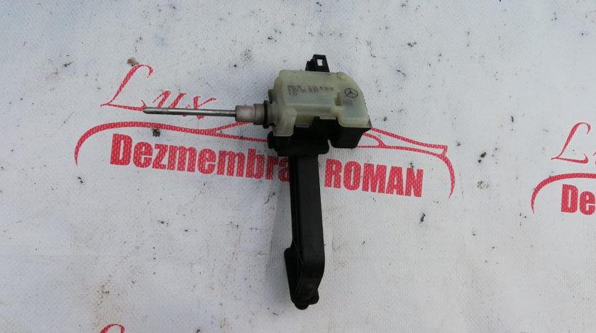 A2038201997 element reglaj inchidere centralizata e class motor 3.0cdi v6 om642 e320 cls320 w211 w21