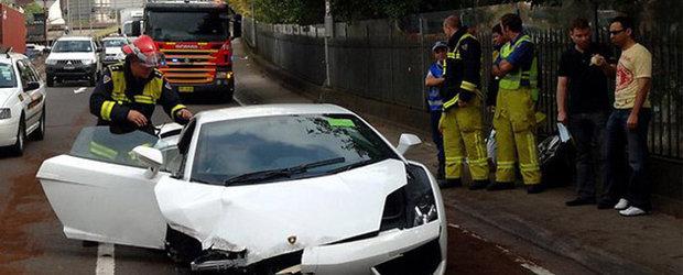 Accident cu Lamborghini Gallardo intr-un drive-test