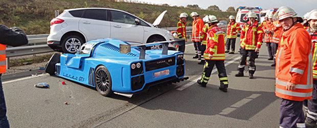 Accident cu o masina de 1000 CP. Pagubele se ridica la 700.000 euro