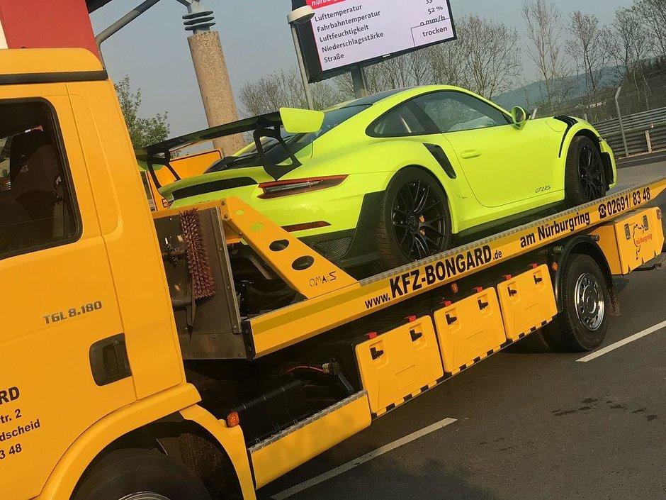 Accident cu Porsche 911 GT2 RS