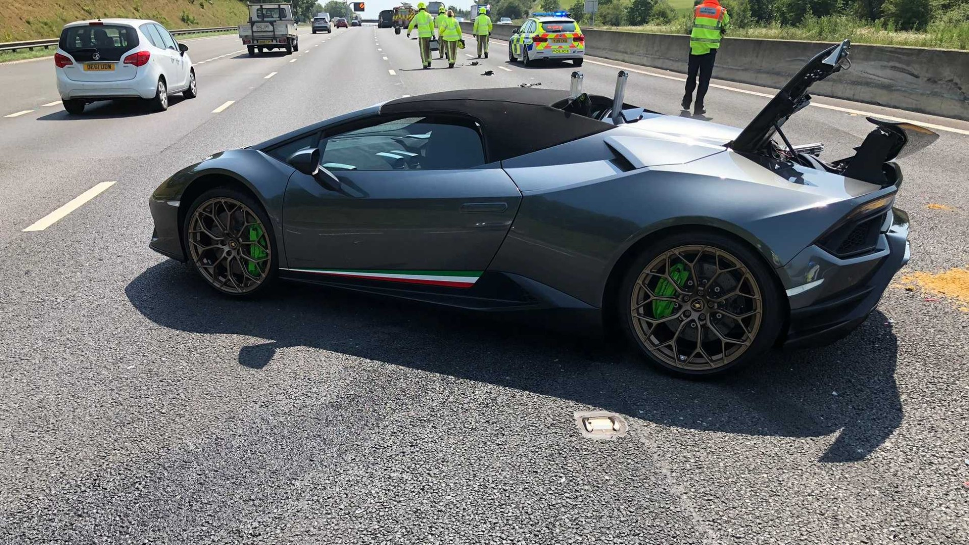 Accident Huracan Performante Spyder - Accident Huracan Performante Spyder