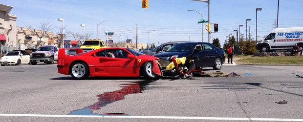 Accident in SUA cu Ferrari F40. Pagubele depasesc 100.000 euro
