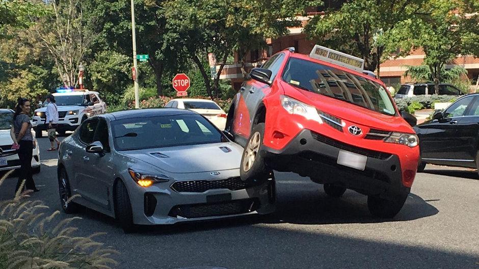 Accident Kia Stinger