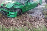 Accident Mustang