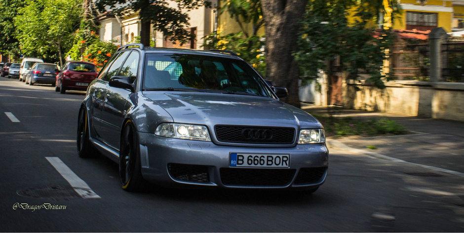 Acest Audi RS4 de 540 cp din Bucuresti le face cinste celor din BOR