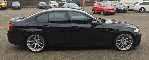 Acest BMW M5 are 796 CP sub capota si a fost scos de curand la vanzare. Cu cat se da masina bavareza
