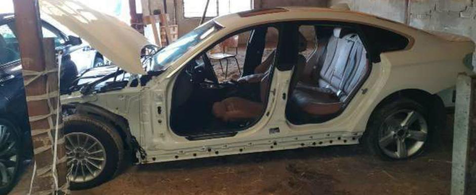 Acest BMW Seria 4 costa doar 10.000 de euro, insa are cateva 'probleme' care il fac complet inutilizabil