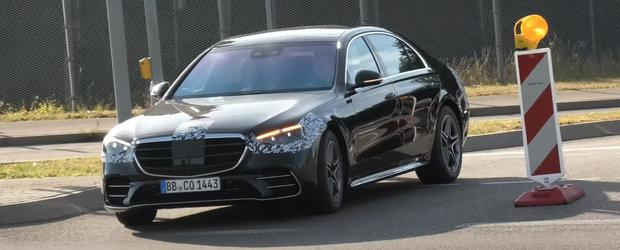 Acesta este noul S-Class. Mercedes l-a scos pe strazi aproape necamuflat