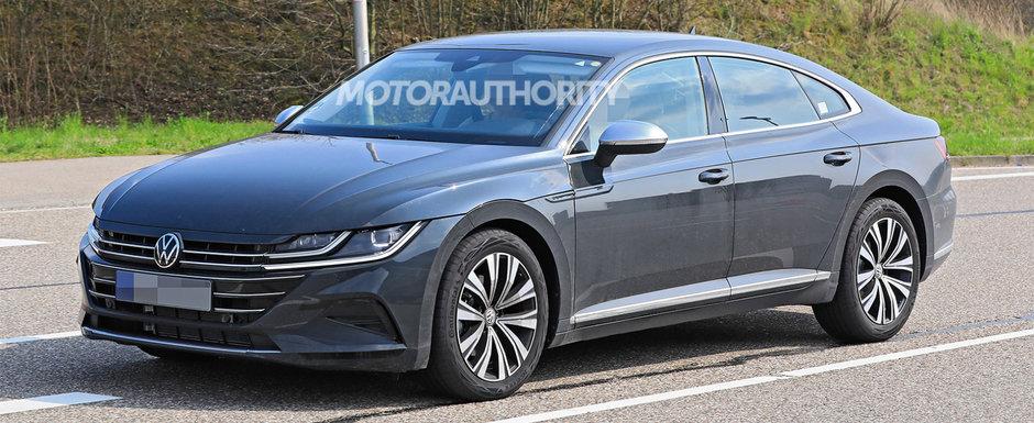 Acesta este noul Volkswagen Arteon Facelift! Mult anticipatul coupe cu patru portiere a iesit pe strazi complet necamuflat