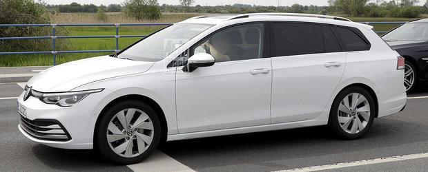 Acesta este noul VW GOLF 8 VARIANT! Break-ul german a iesit pe strazi COMPLET NECAMUFLAT!