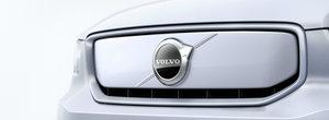Acesta este primul VOLVO de serie 100% electric. Are peste 400 CP si autonomie de 400 de kilometri