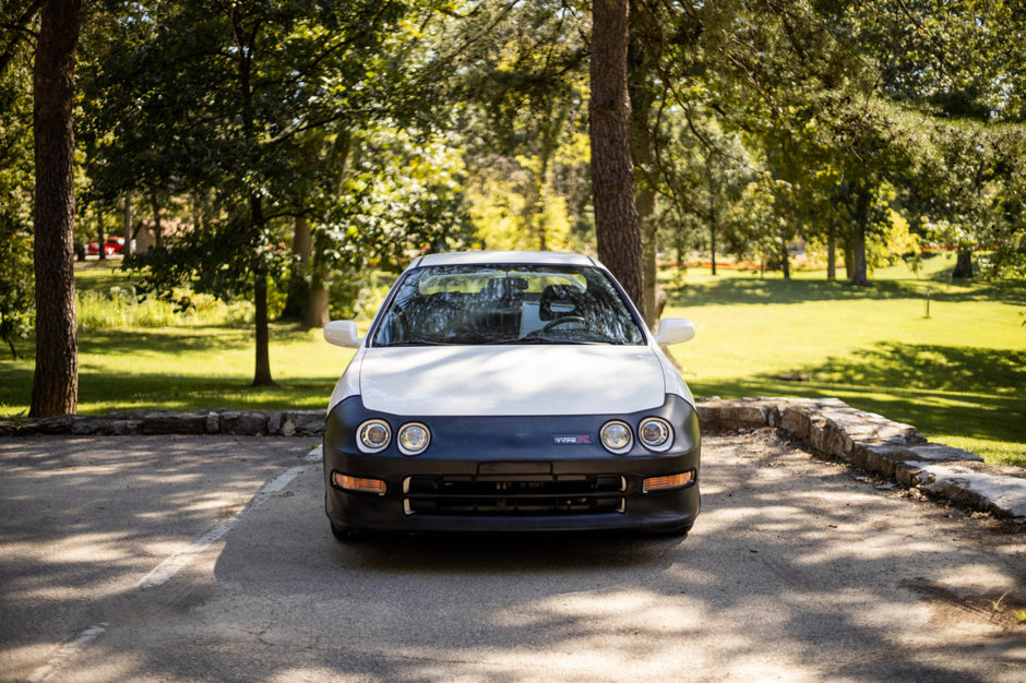 Acura Integra Type R vanduta cu 82.000 de dolari