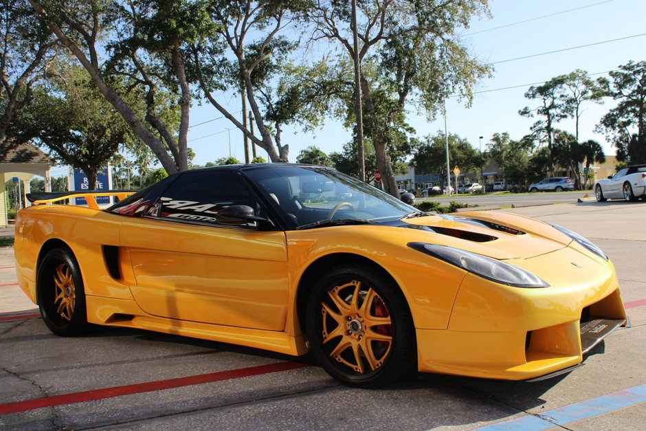 Acura NSX modificat ca in Fast and Furious: Tokyo Drift
