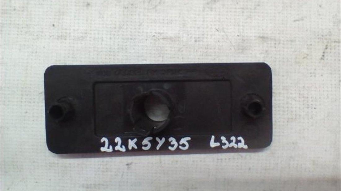 Adaptor / suport senzor parcare dreapta bara fata Range Rover L322 An 2003-2005 cod VUB000880