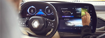Adio, butoane! Noua masina de la Renault are trei ecrane uriase prin care controlezi absolut toate functiile