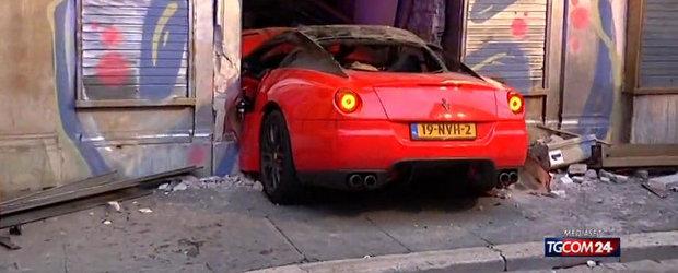 Adio, Ferrari: Un 599 GTB a fost distrus de un valet in Roma