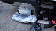 Airbag genunchi VW Passat B8 cod: 3G2880842E model...