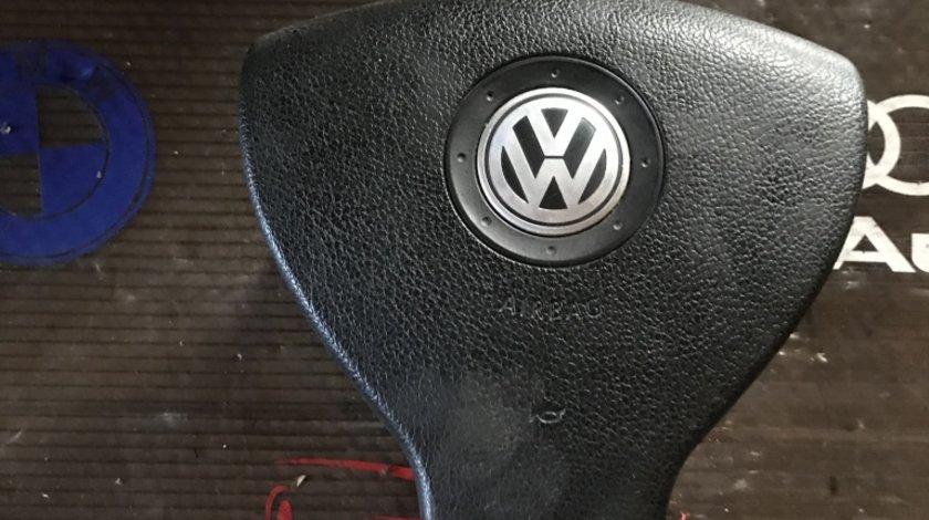 Airbag volan VW Touran 1T0 880 201 F