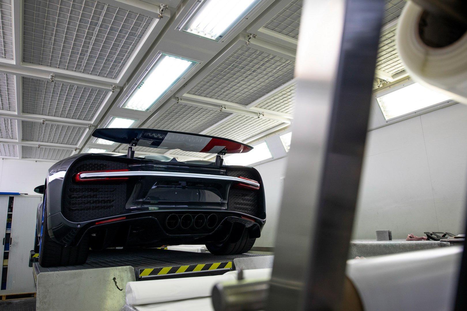 Al 200-lea Bugatti Chiron - Al 200-lea Bugatti Chiron