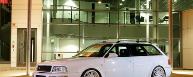 Alba ca Zapada: Audi RS2 Avant