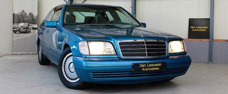 Albastrul caroseriei si kilometrajul redus te vor face sa ti-l doresti cu ardoare. Pentru cat se vinde acest superb Mercedes W140