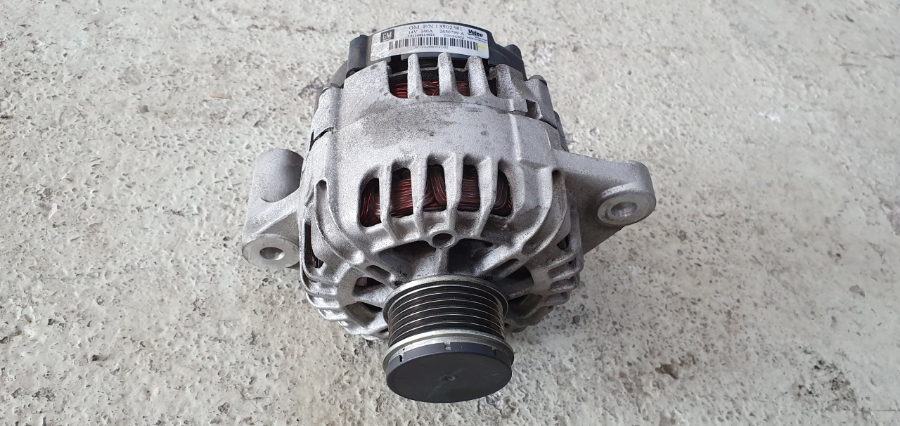 Alternator Opel Inisgnia 2.0 DTI 2009 2010 2011 2012 2013