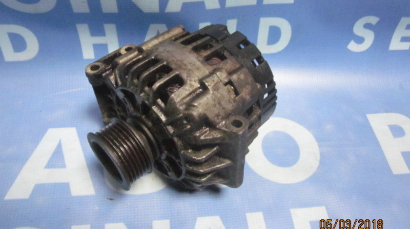 Alternator Renault Laguna;  Valeo 8200030635 /90A