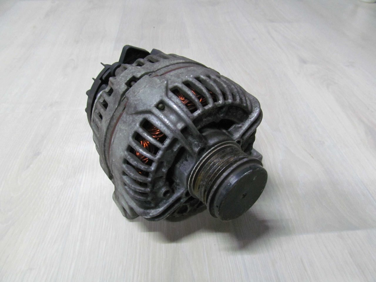 Alternator VOLVO XC90 S60 2.4 Diesel
