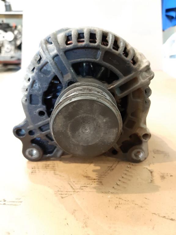 Alternator VW T5 1.9 TDI 2006 tip motor BRR
