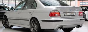 Altul ca el s-ar putea sa nu mai existe vreodata. Uite cu cat se mai vinde un BMW M5 E39 in Europa